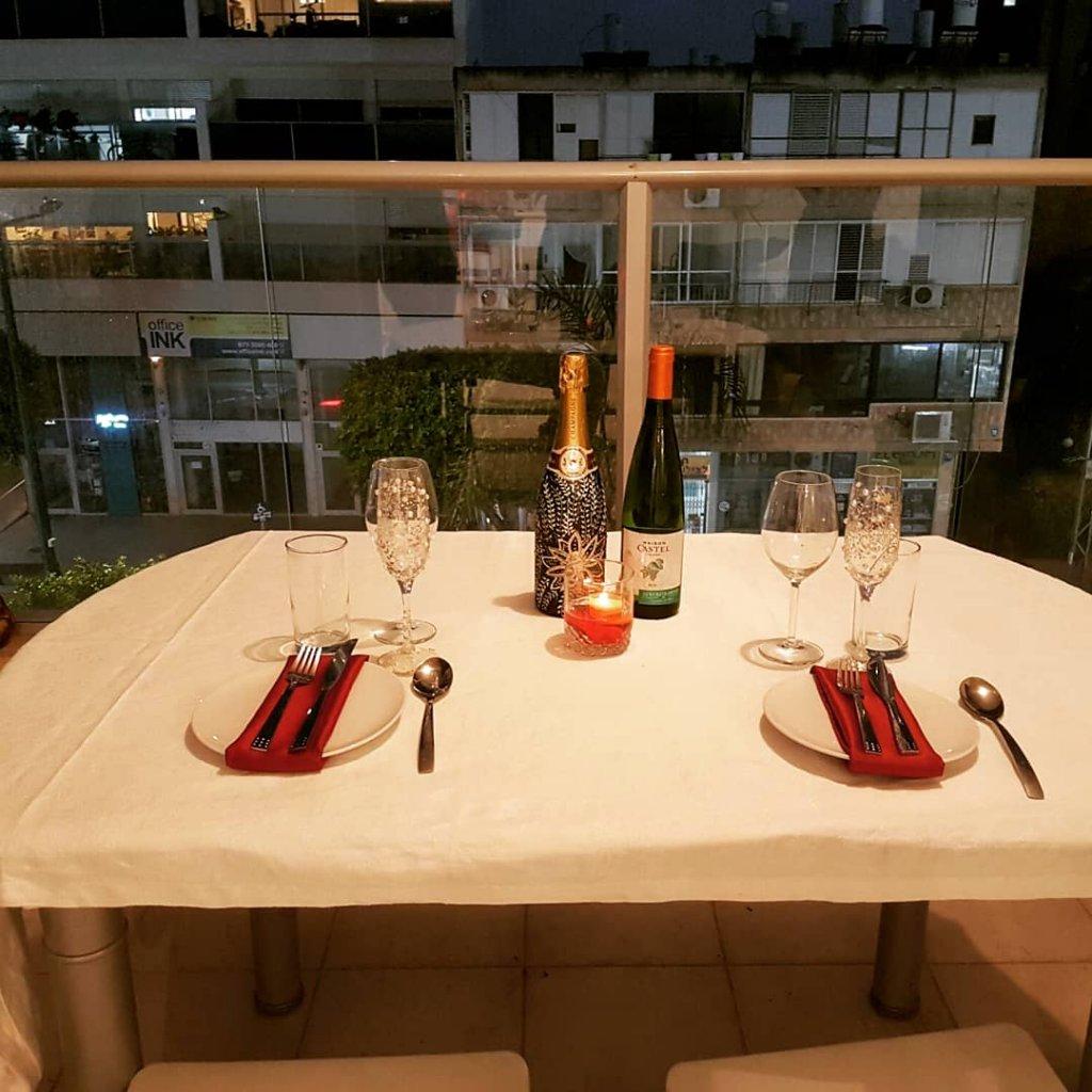 שף פרטי להצעת נישואין במרפסת